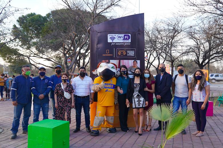 Tigres apoya la educación con Internet gratuito en plazas públicas de Guadalupe